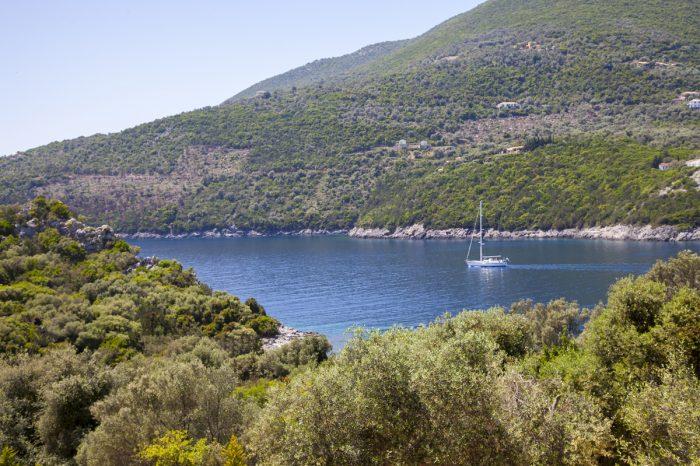 seafront-villa-cohili-sivota-lefkada-greece-private-sea-access-amazing-mountain-sea-views