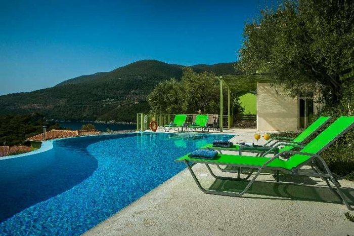 villa-votsalo-lefkada-greece-poolarea