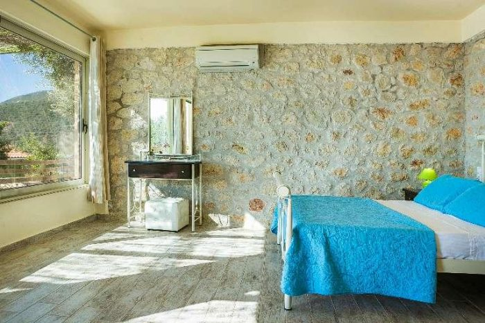 villa-votsalo-sivotavillas-lefkada-modern-bedroom