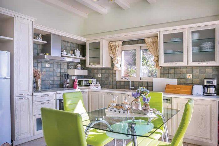 villa-votsalo-svitoavillas-lefkada-kitchen
