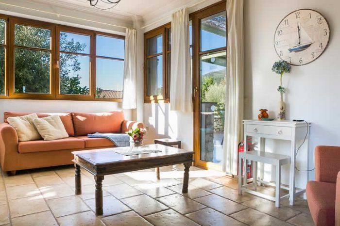 villa-maistro-lefkada-greece-sivotavillas-luxury-living-room-modern-decoration