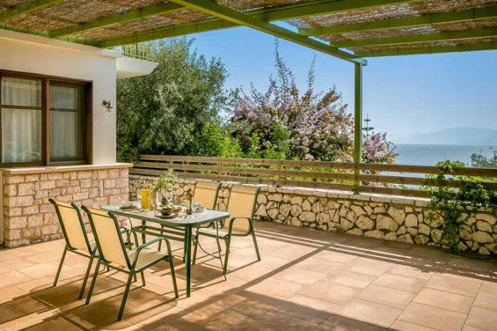 villa-maistro-sivotavillas-sivota-lefkada-greece-outdoor-dining-area-sea-views