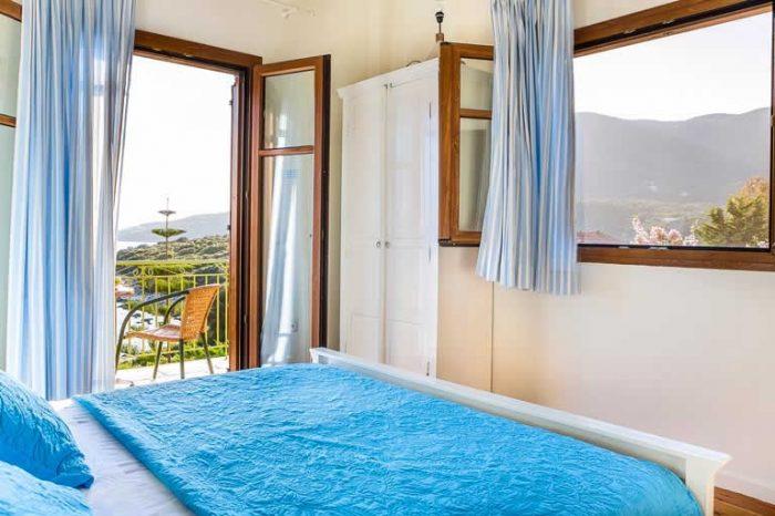 villa-ostria-sivota-lefkada-greece-luxury-bedroom-with-double-bed