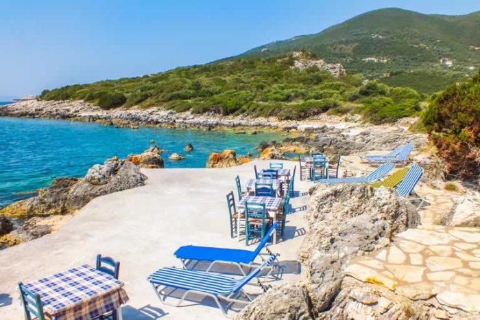 villa-ostria-sivota-villas-lefkada-greece-sea-access-sunbeds