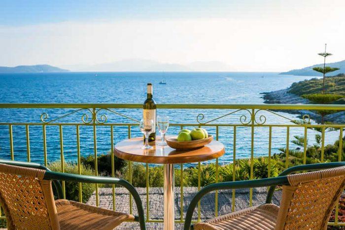 villa-ostria-sivotavillas-sivota-lefkada-greece-private-balcony-panoramic-seaviews