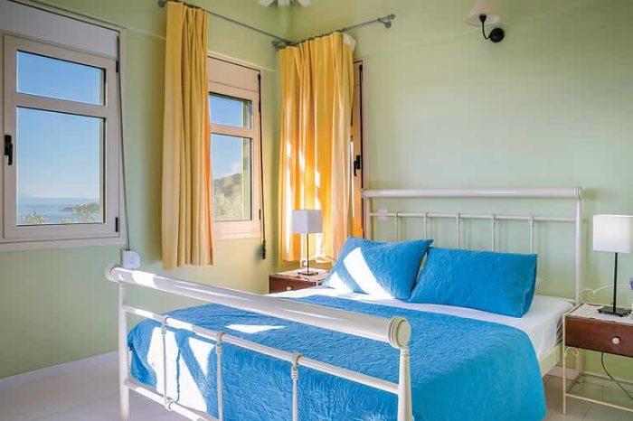 villa-votsalo-sivotavillas-lefkada-bedroom